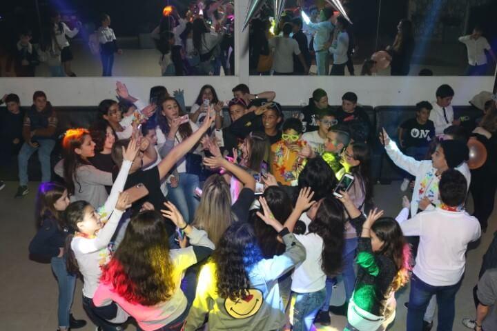 מסיבת יום הולדת כיתתית בפיץ' קלאב
